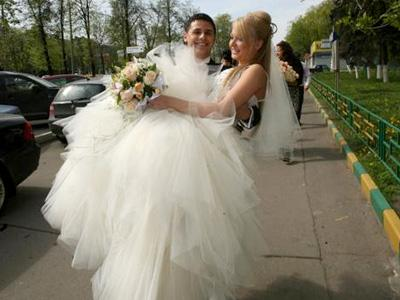 Дарья Пынзарь обвенчалась с мужем